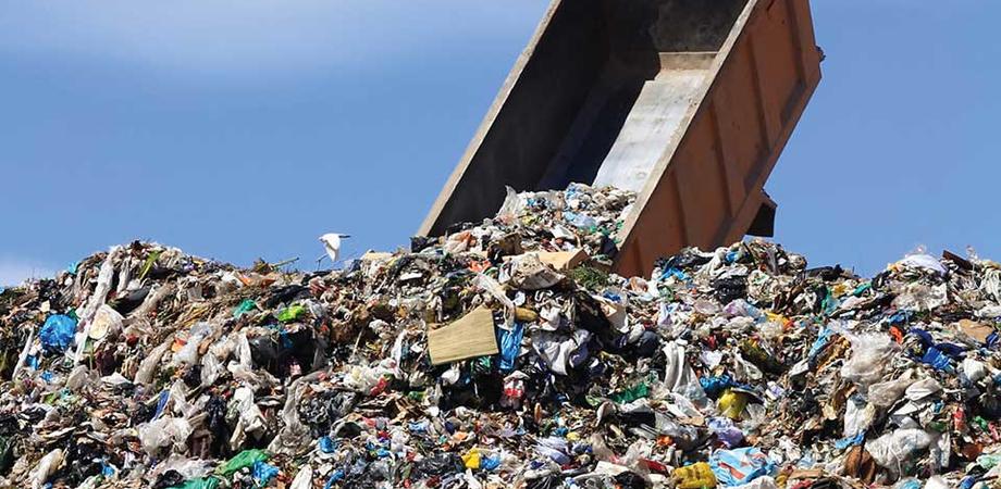 Rifiuti: la Regione Siciliana verso la chiusura di 500 vecchie discariche