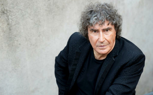 http://www.seguonews.it/morto-a-72-anni-stefano-dorazio-storico-batterista-dei-pooh-era-malato-ma-le-sue-condizioni-sono-peggiorate-per-il-covid