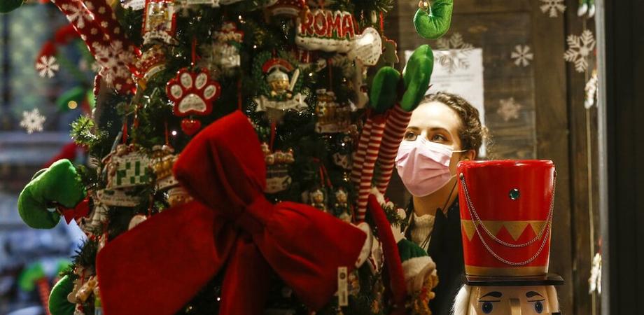 Nuovo Dpcm: ristoranti chiusi a Natale e Santo Stefano, spostamenti tra regioni solo per i residenti