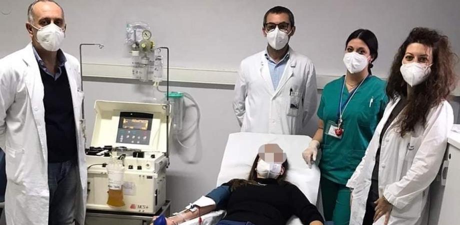 Coronavirus, al Sant'Elia di Caltanissetta la prima donatrice di plasma iperimmune è una ragazza di 28 anni