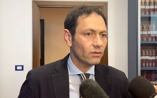 https://www.seguonews.it/falsi-dati-covid-in-sicilia-giunta-regionale-razza-uomo-perbene-e-collega-competente
