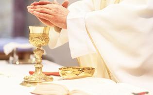 https://www.seguonews.it/butera-il-vicario-foraneo-ha-il-covid-e-il-vescovo-lo-autorizza-a-celebrare-la-messa-su-facebook