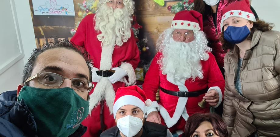"""""""Un giocattolo per un sorriso"""", iniziativa a San Cataldo per stare accanto ai bambini in difficoltà"""