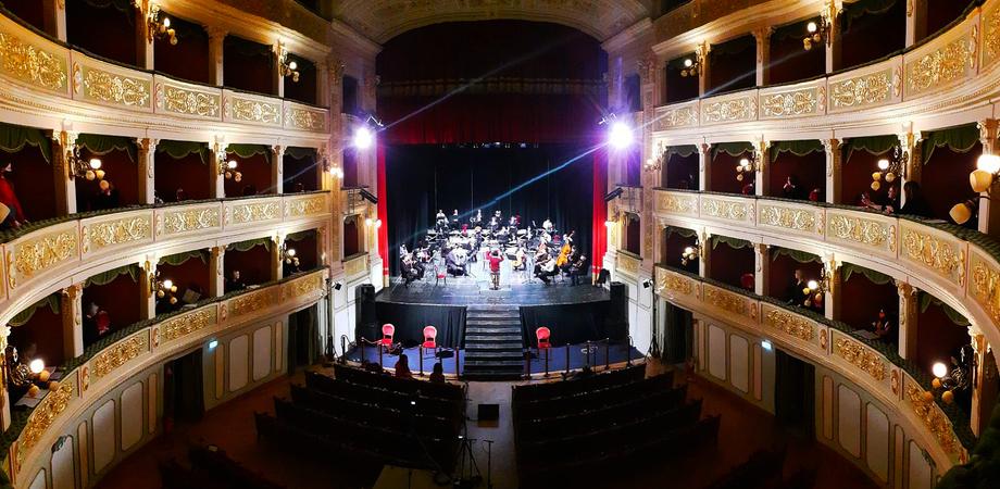 """""""C'era una volta il Natale"""", concerto a Caltanissetta andato in scena su Facebook: oltre 3mila gli spettatori"""