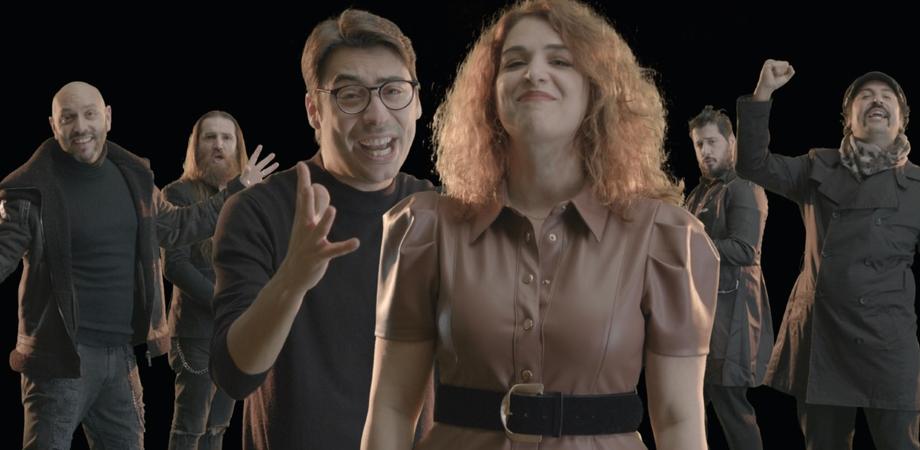 """I Soldi Spicci, grande successo per """"Sta finendo il 2020"""": la parodia spopola sul web"""