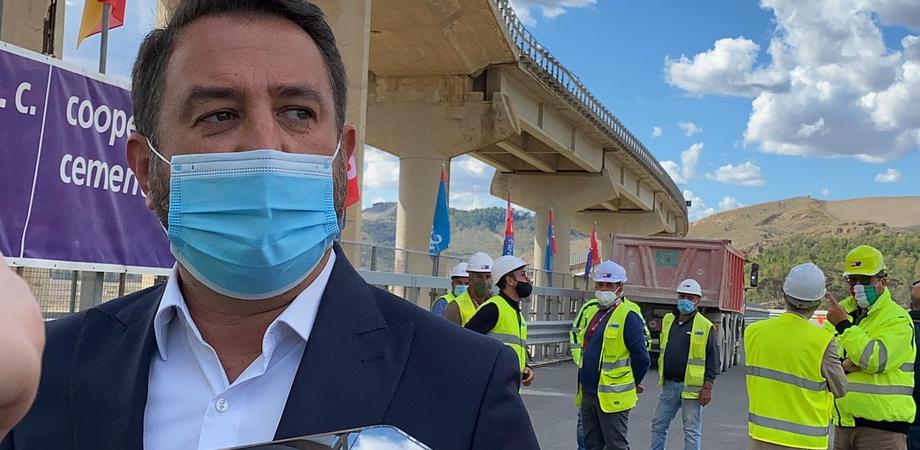 """Al viai lavori di adeguamento della Catania-Gela, Cancelleri: """"Così superiamo il gap infrastrutturale"""""""