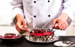 https://www.seguonews.it/il-grido-di-aiuto-delle-pasticcerie-e-dei-ristoratori-di-caltanissetta-fateci-lavorare-a-natale