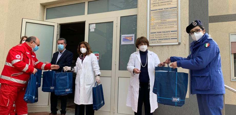 Doni natalizi alla Comunità Terapeutica Assistita di San Cataldo da parte della Croce Rossa Italiana