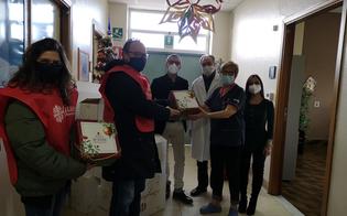 https://www.seguonews.it/caltanissetta-la-caritas-consegna-80-panettoni-artigianali-allospedale-santelia