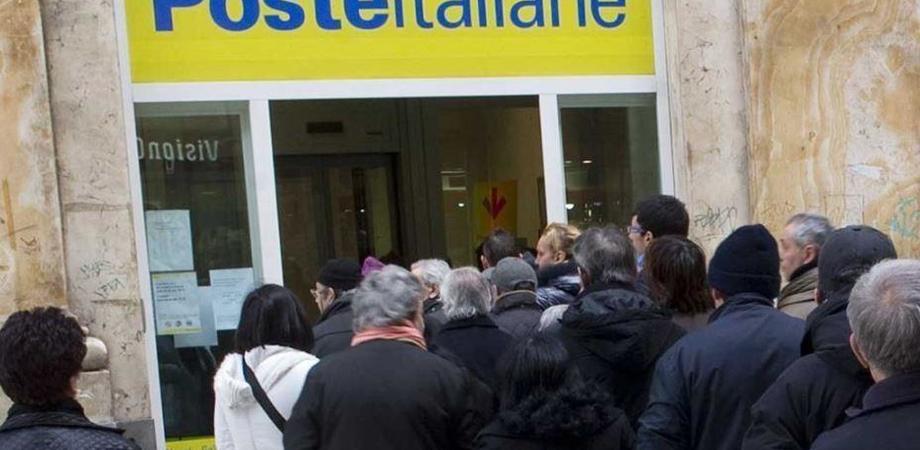 Uffici postali, le vergognose file dei siciliani: la denuncia dell'associazione Rete Sociale Attiva