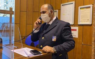 https://www.seguonews.it/arrivano-le-divise-per-portieri-commessi-e-autisti-della-regione-riguardera-un-migliaio-di-dipendenti