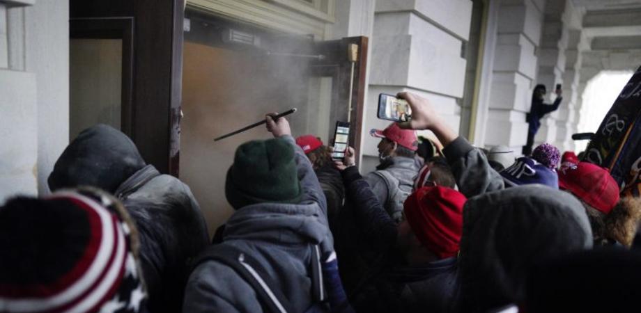 Usa, assalto dei sostenitori di Trump a Washington: 4 morti e 13 feriti negli scontri