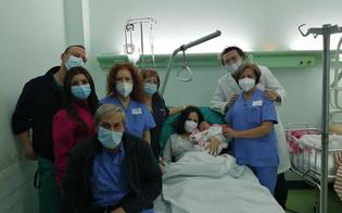https://www.seguonews.it/fiocco-rosa-al-santelia-e-matilde-la-prima-nata-del-2021-a-caltanissetta