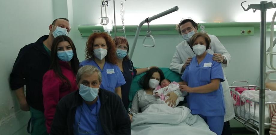 Fiocco rosa all'ospedale Sant'Elia: è Matilde la prima nata del 2021 a Caltanissetta