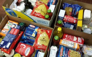 https://www.seguonews.it/doni-e-pacchi-alimentari-a-caltanissetta-verranno-consegnati-da-una-carovana-di-auto-storiche