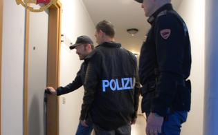 https://www.seguonews.it/caltanissetta-ubriaco-prima-tenta-di-aggredire-un-familiare-poi-colpisce-i-poliziotti-a-calci-e-pugni-denunciato