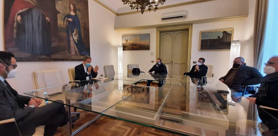 Ristorazione, Musumeci incontra operatori ragusani: «Esporremo richieste della categoria al governo Draghi»