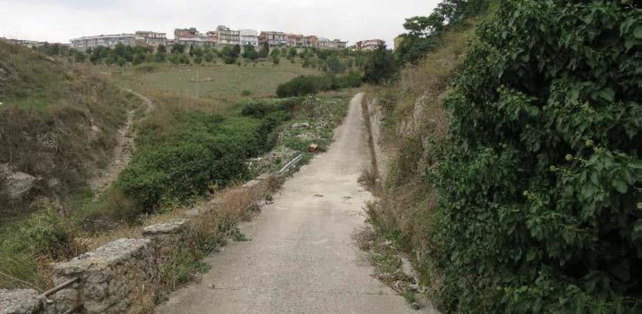 """Mussomeli, al via i lavori per realizzare una via di fuga dal quartiere """"Terravecchia"""""""