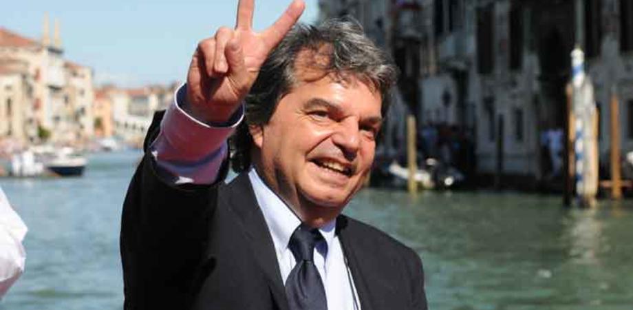 Metà governo Draghi fuori dai social, premier compreso: il più attivo è Renato Brunetta