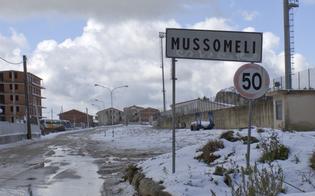 https://www.seguonews.it/maltempo-fiocchi-di-neve-e-gelo-sulle-strade-a-mussomeli-decine-di-auto-bloccate