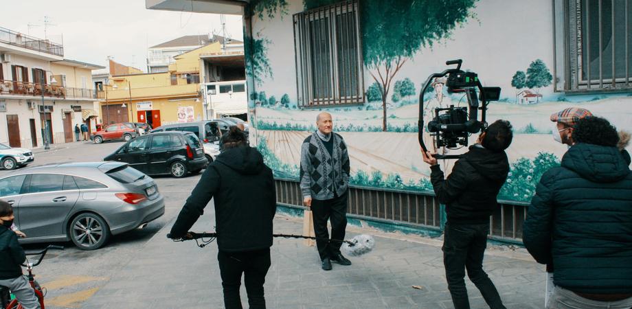 """San Cataldo si trasforma in un set cinematografico:  in scena il corto """"Il solito pranzo"""""""