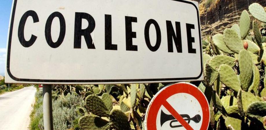 Covid: il sindaco e la giunta di Corleone tra i 'furbetti' del vaccino