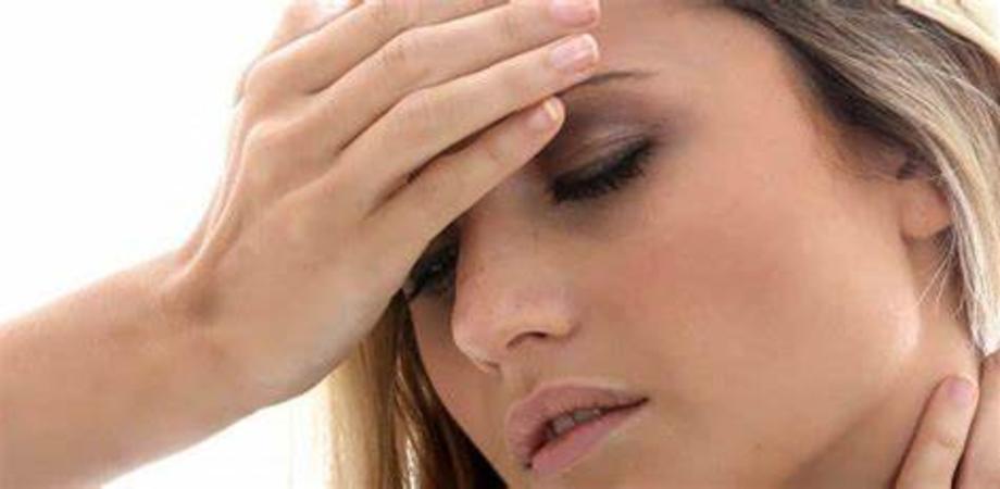 Mal di testa o emicrania? Ecco quando è necessario andare dallo specialista