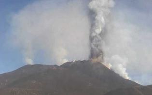 https://www.seguonews.it/letna-accelera-nube-lavica-alta-12-chilometri-decimo-evento-parossistico-dal-16-febbraio