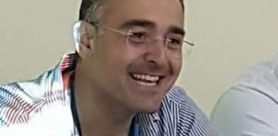"""Lotto vaccino Astrazeneca, il direttore del 118 di Caltanissetta rassicura i cittadini: """"Ritiro a scopo precauzionale"""""""