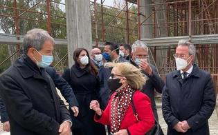 https://www.seguonews.it/gela-musumeci-visita-il-cantiere-del-museo-della-nave-ospitera-il-relitto-della-nave-greca