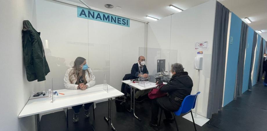 AstraZeneca, a Caltanissetta nel fine settimana potranno vaccinarsi senza prenotazione gli utenti tra i 60 e i 79 anni
