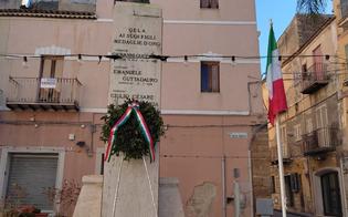https://www.seguonews.it/gela-25-aprile-deposta-una-corona-dalloro-al-monumento-di-piazza-martiri-della-libera