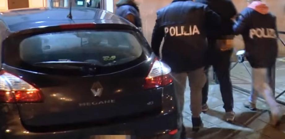 """Minacce alla moglie: """"Ti sparo in testa"""". A Niscemi 30enne arrestato dalla polizia"""