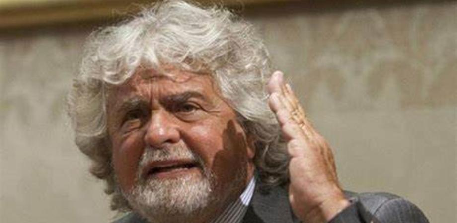 """Beppe Grillo difende il figlio dall'accusa di stupro. I genitori della ragazza: """"Siamo distrutti"""""""