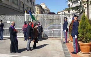 https://www.seguonews.it/festa-polizia-il-questore-di-caltanissetta-tra-le-categorie-piu-esposte-al-covid-i-lavoratori-dei-supermercati