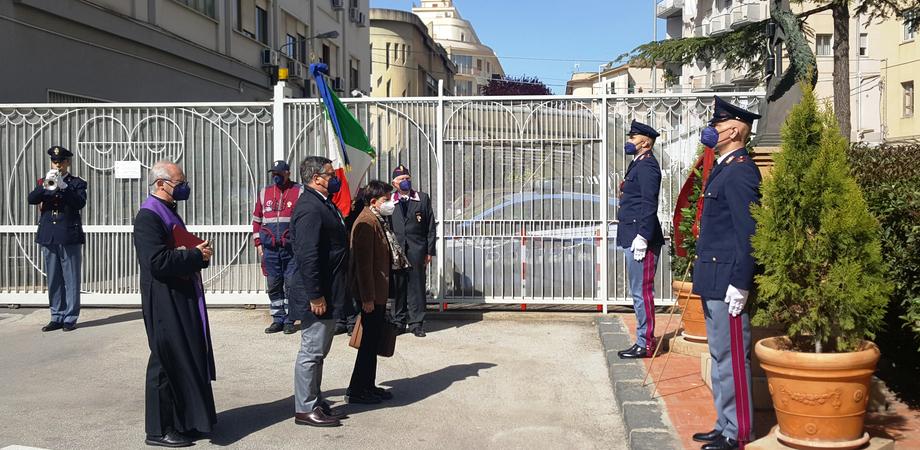 """Festa polizia, il questore di Caltanissetta: """"Tra le categorie più esposte al Covid i lavoratori dei supermercati"""""""