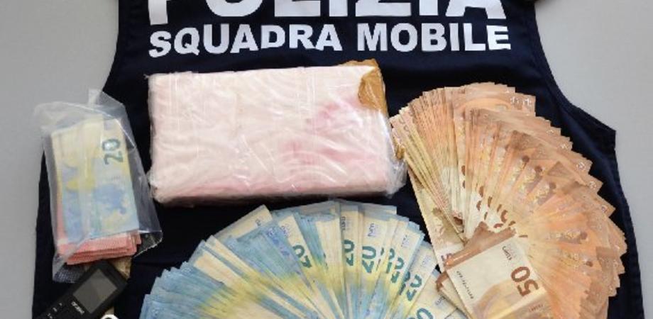 Compravendita di cocaina tra Gela e Scoglitti: due giovani in manette. La droga avrebbe fruttato 200mila euro