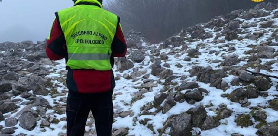 Sette giovani di Caltanissetta ed Enna si disperdono sull'Etna, salvati dal Soccorso alpino