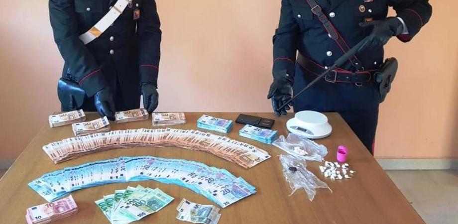 Mazzarino, nascondevano cocaina e hashish a casa: coppia arrestata dai carabinieri