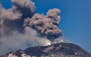 https://www.seguonews.it/nuova-eruzione-delletna-laeroporto-di-catania-torna-operativo-dopo-una-notte-di-stop