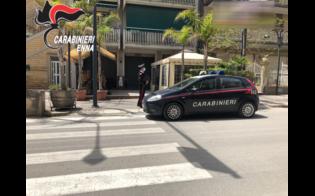 https://www.seguonews.it/piazza-armerina-bar-pieno-di-giovani-allarrivo-dei-carabinieri-ce-il-fuggi-fuggi-generale