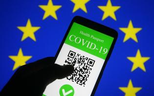 https://www.seguonews.it/green-pass-falso-messaggio-whatsapp-ruba-dati-agli-utenti-il-messaggio-che-puo-ingannare