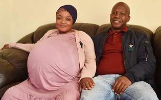 Parto record in Sud Africa, mamma di 37 anni dà alla luce 10 gemelli