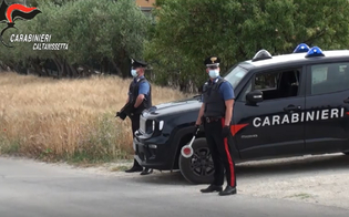 https://www.seguonews.it/cocaina-hashish-e-marijuana-nel-centro-storico-di-sommatino-quattro-persone-arrestate-dai-carabinieri