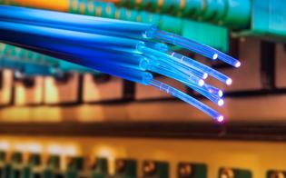 https://www.seguonews.it/caltanissetta-arriva-la-fibra-ottica-ultraveloce-investimento-di-tim-per-4-milioni-di-euro