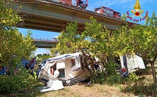 https://www.seguonews.it/auto-con-barca-al-seguito-vola-da-un-viadotto-sulla-palermo-messina-un-morto-e-un-ferito