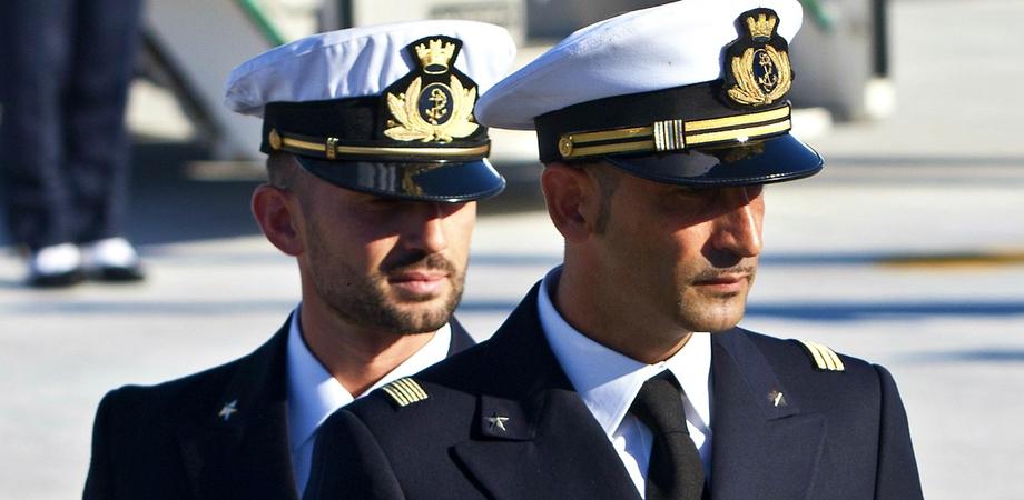Marò, l'India dopo nove anni chiude il caso: accetta dall'Italia il risarcimento di 1,1 milione di euro