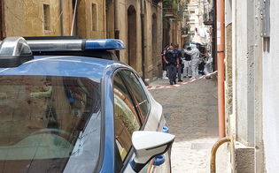 https://www.seguonews.it/caltanissetta-trovato-il-cadavere-di-un-uomo-in-via-alaimo-indaga-la-polizia