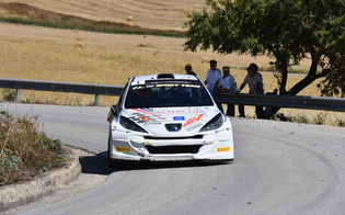 Rally di Caltanissetta, trionfa la coppia Lombardo-Spiteri su Peugeot 207