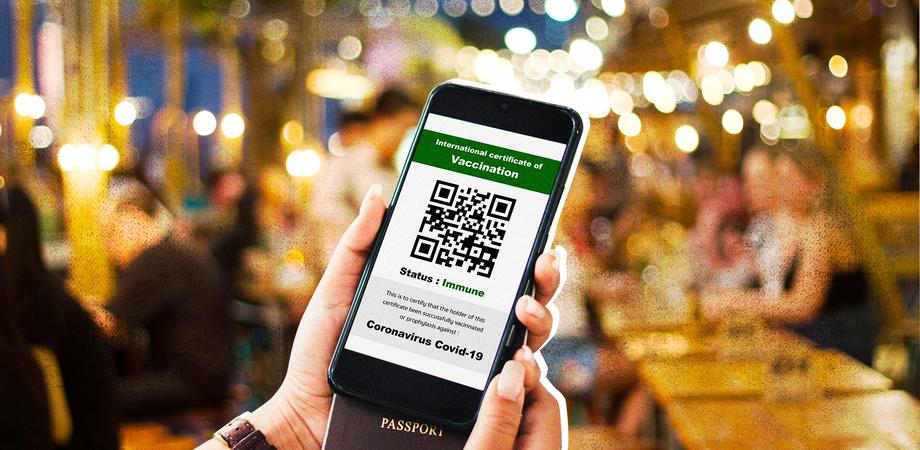 Green pass obbligatorio, multe fino a 1500 euro per chi non lo possiede e sospensione dal lavoro